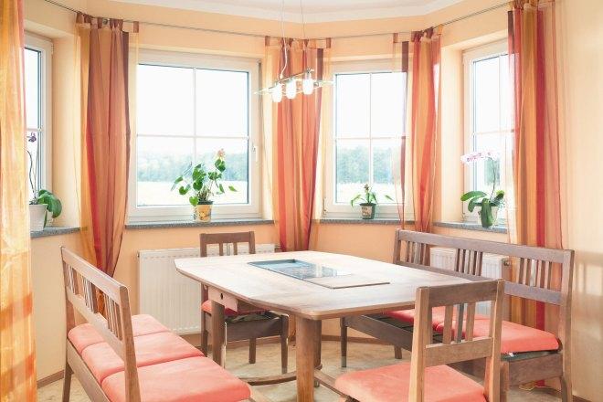 89 wohnzimmer mit erker einrichten modern kche by. Black Bedroom Furniture Sets. Home Design Ideas